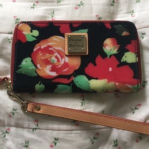 Dooney and Bourke Wallet Wristlet Black Red Floral